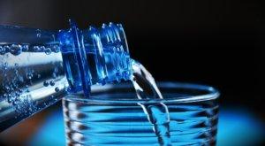 水,飲み物
