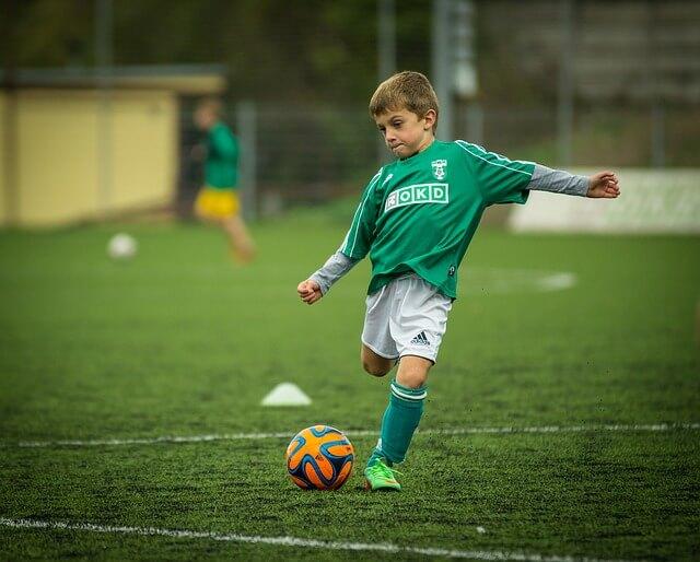 子ども,サッカー